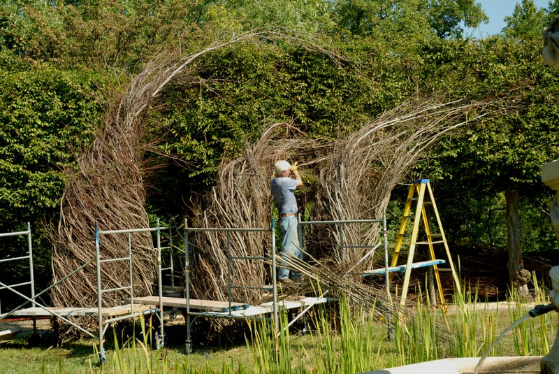 Patrick Dougherty constructing Easy Rider, September 8, 2010