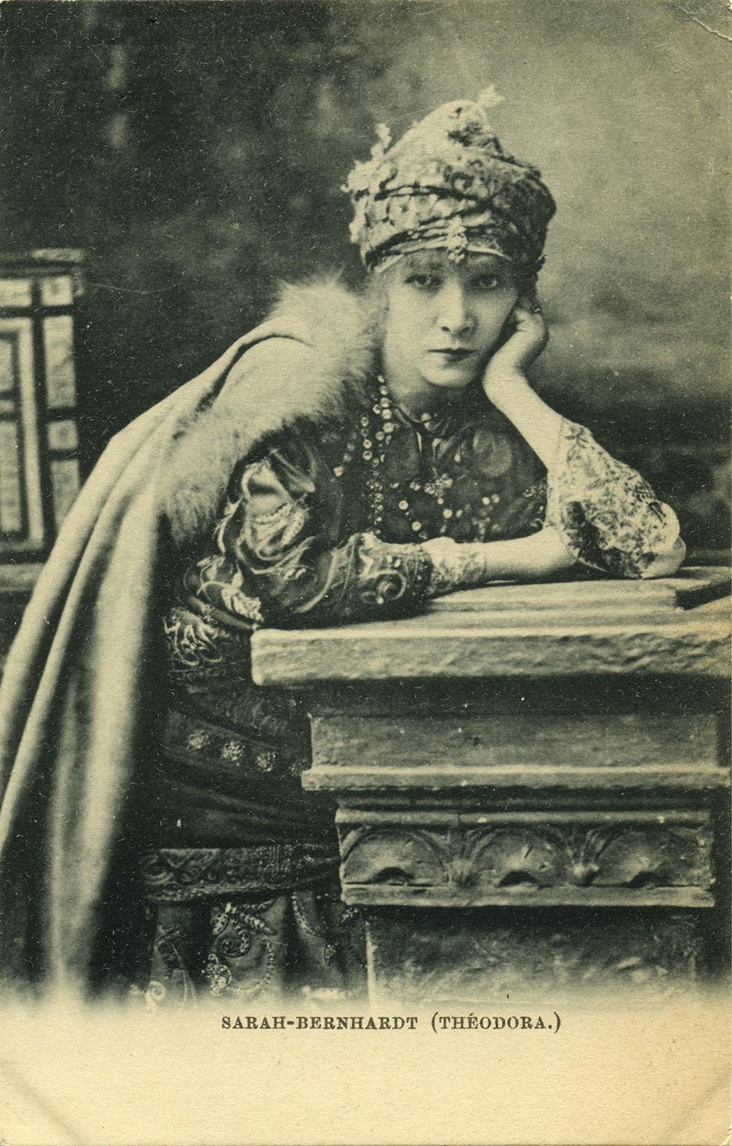 Sarah Bernhardt photograph