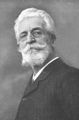 800px-Anton_Hlavacek_(1842–1926)_um_1910.jpg