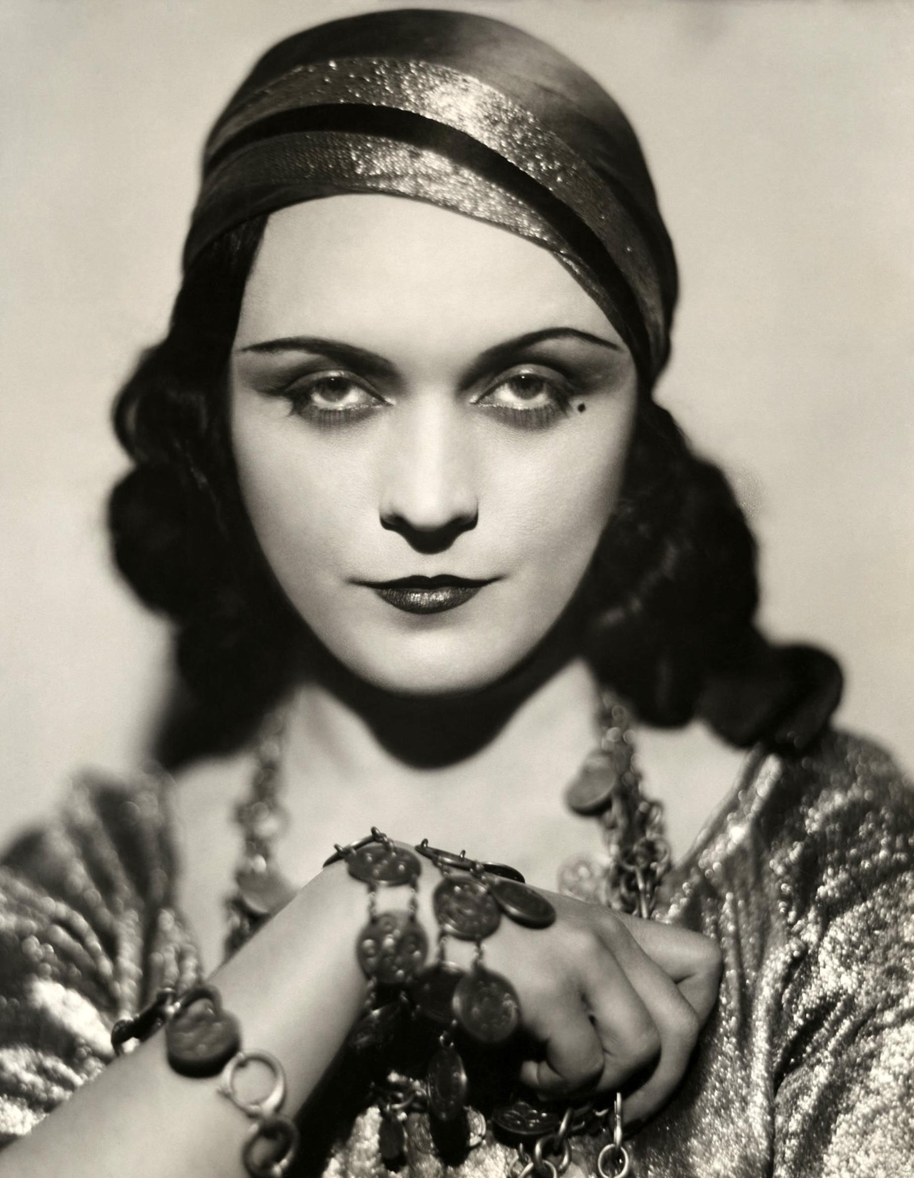 Pola Negri Pola Negri new photo
