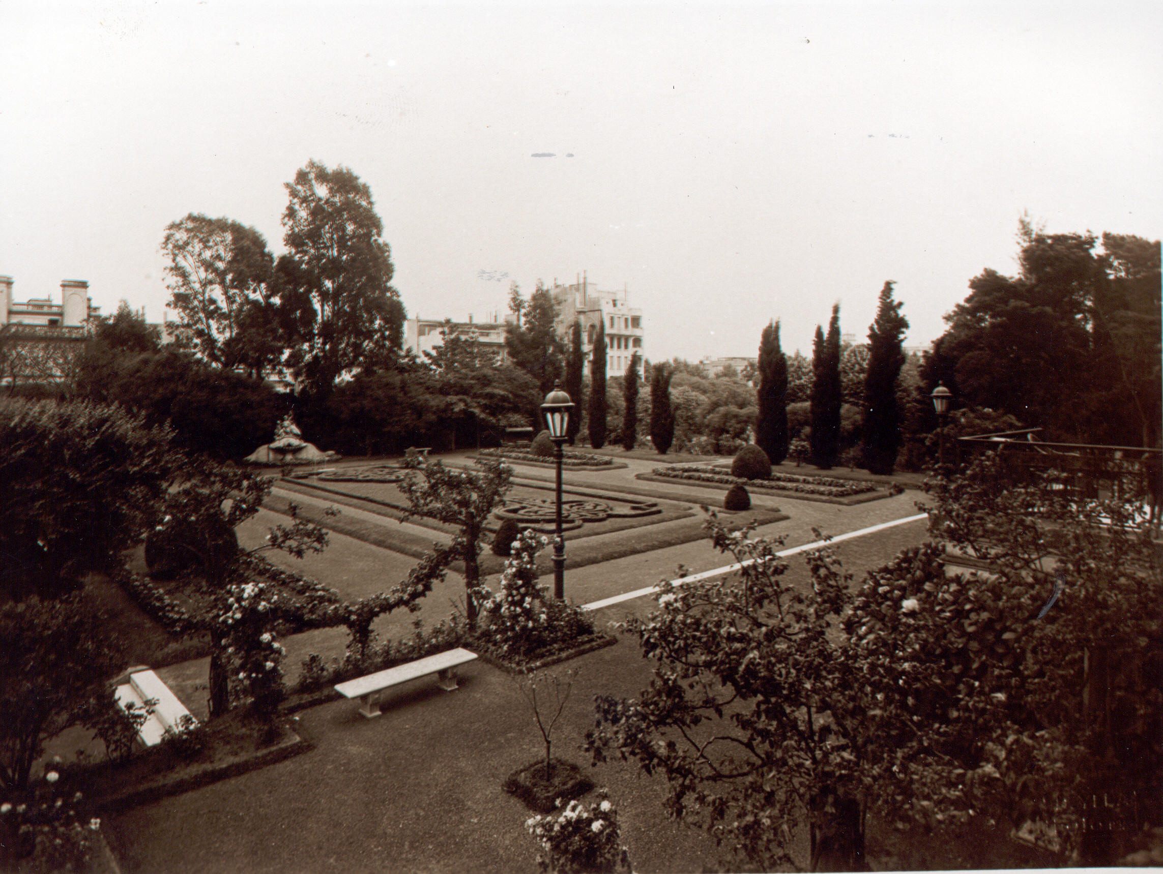 Bosch Palace, Paterre Garden, ca. 1930