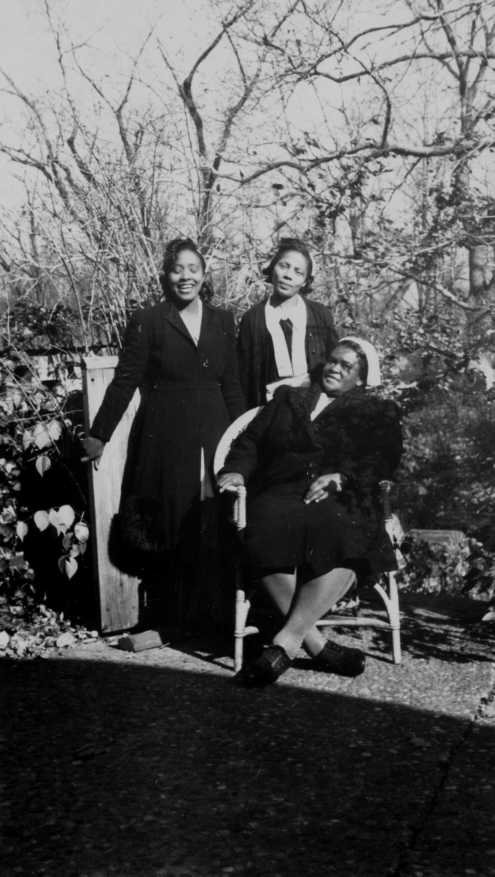 Rosa, Josephine, and Trollie, November 1944. AR.PH.Misc.270.