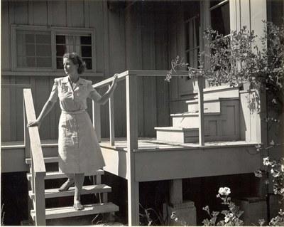 Jean Kellogg, photograph by Edward Weston, 1940.
