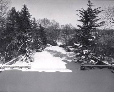 The North Vista at Dumbarton Oaks under snowfall.