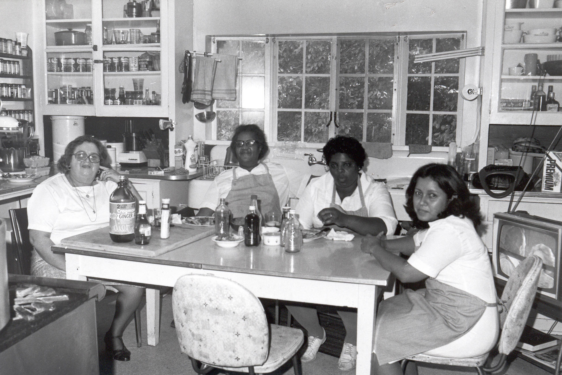 Chef Bess Everson and kitchen staff in the original Fellows Building kitchen, ca. 1977