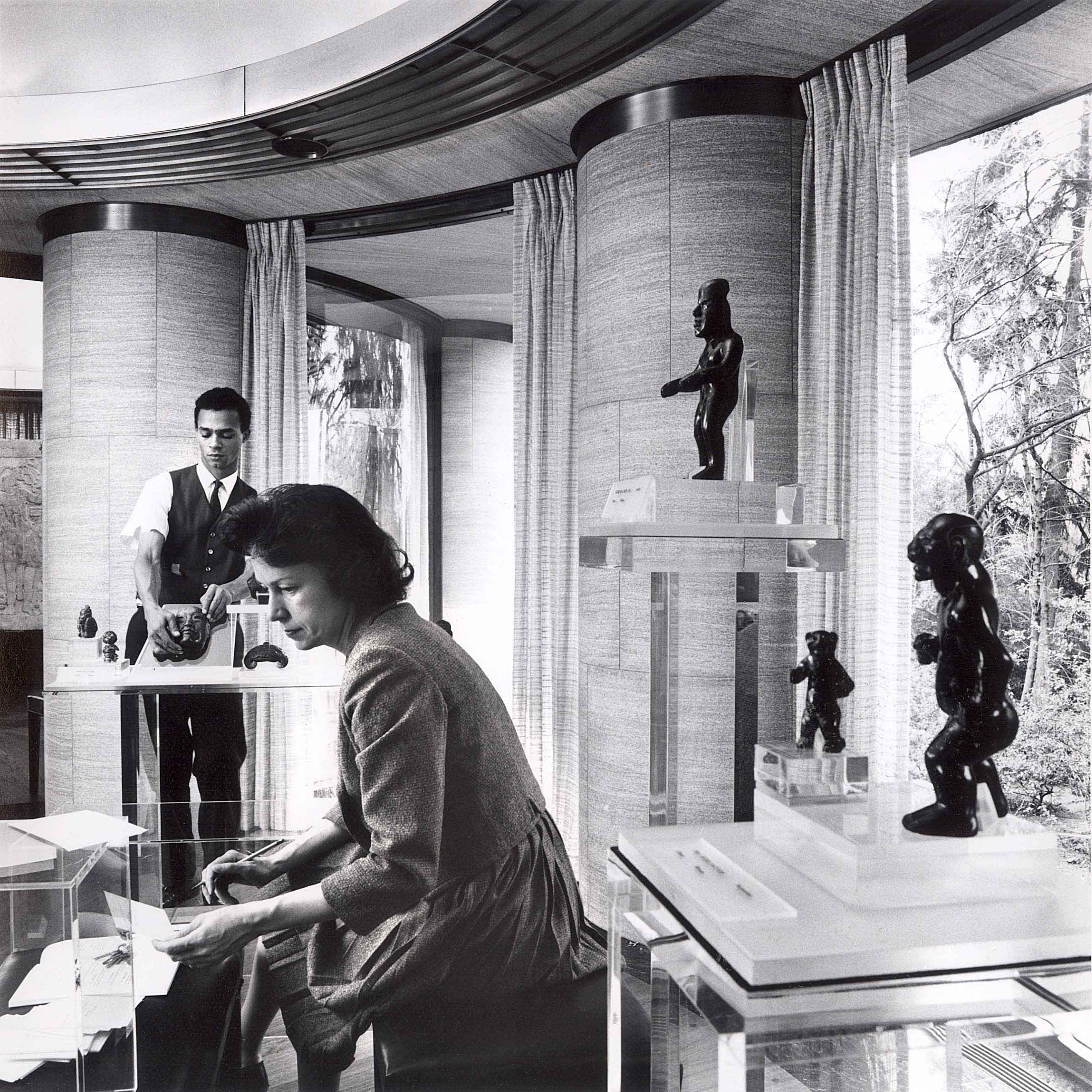 Elizabeth P. Benson and James Mayo, First Pre-Columbian Collection Installation, 1963