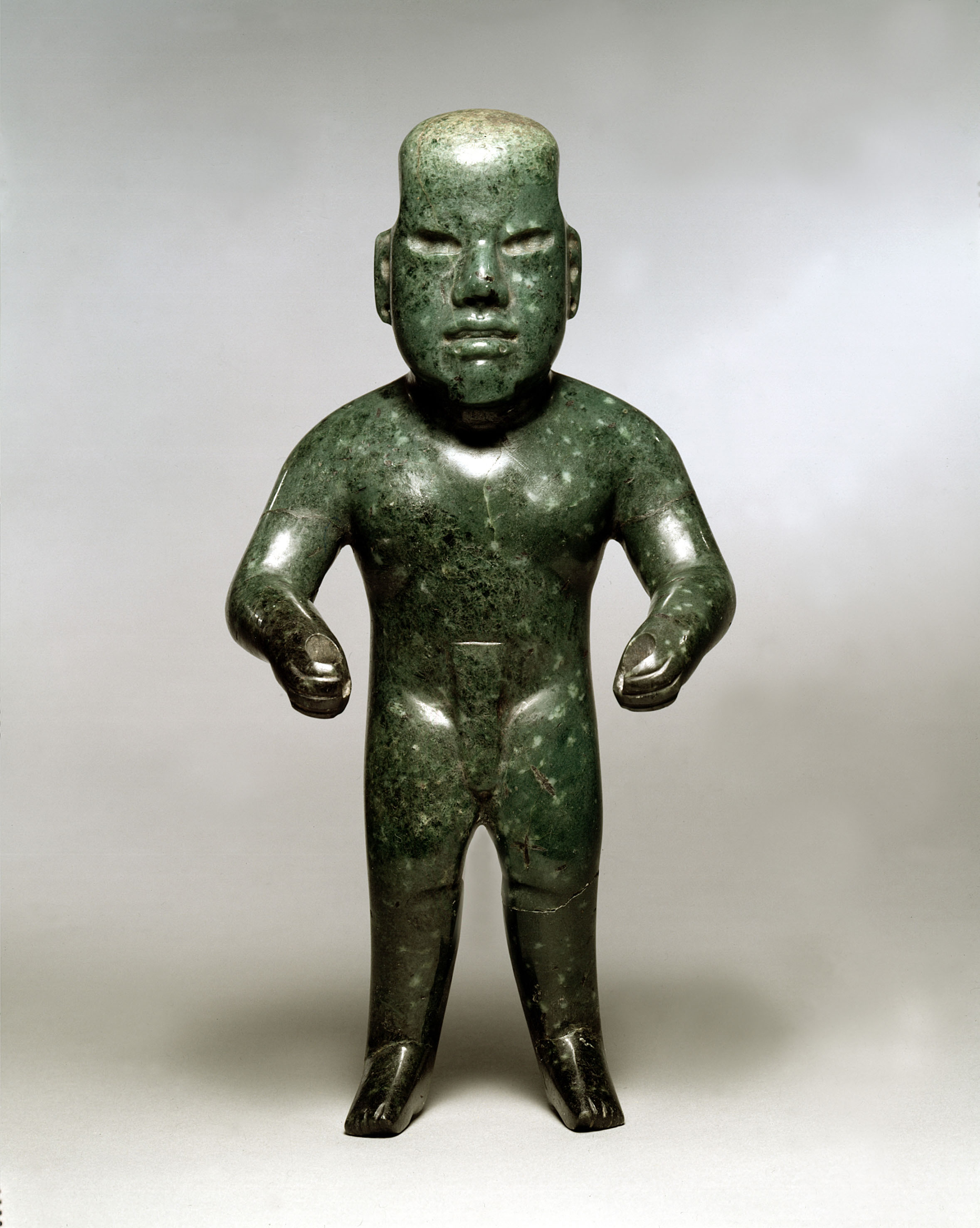 Olmec diopside-jadeite sculpture, an early acquisition by Robert Woods Bliss
