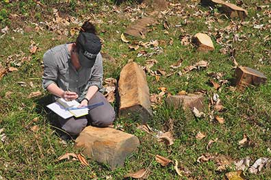 Fig. 7: Sampling of rock material near Structure 1 (Geurds 2009–2010)