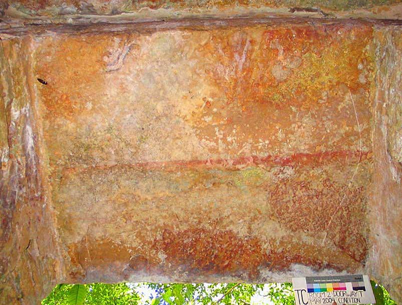 Fig. 10: Red line across the center of the lintel over the doorway in Room 2 (Golden et al. 2004–2005)