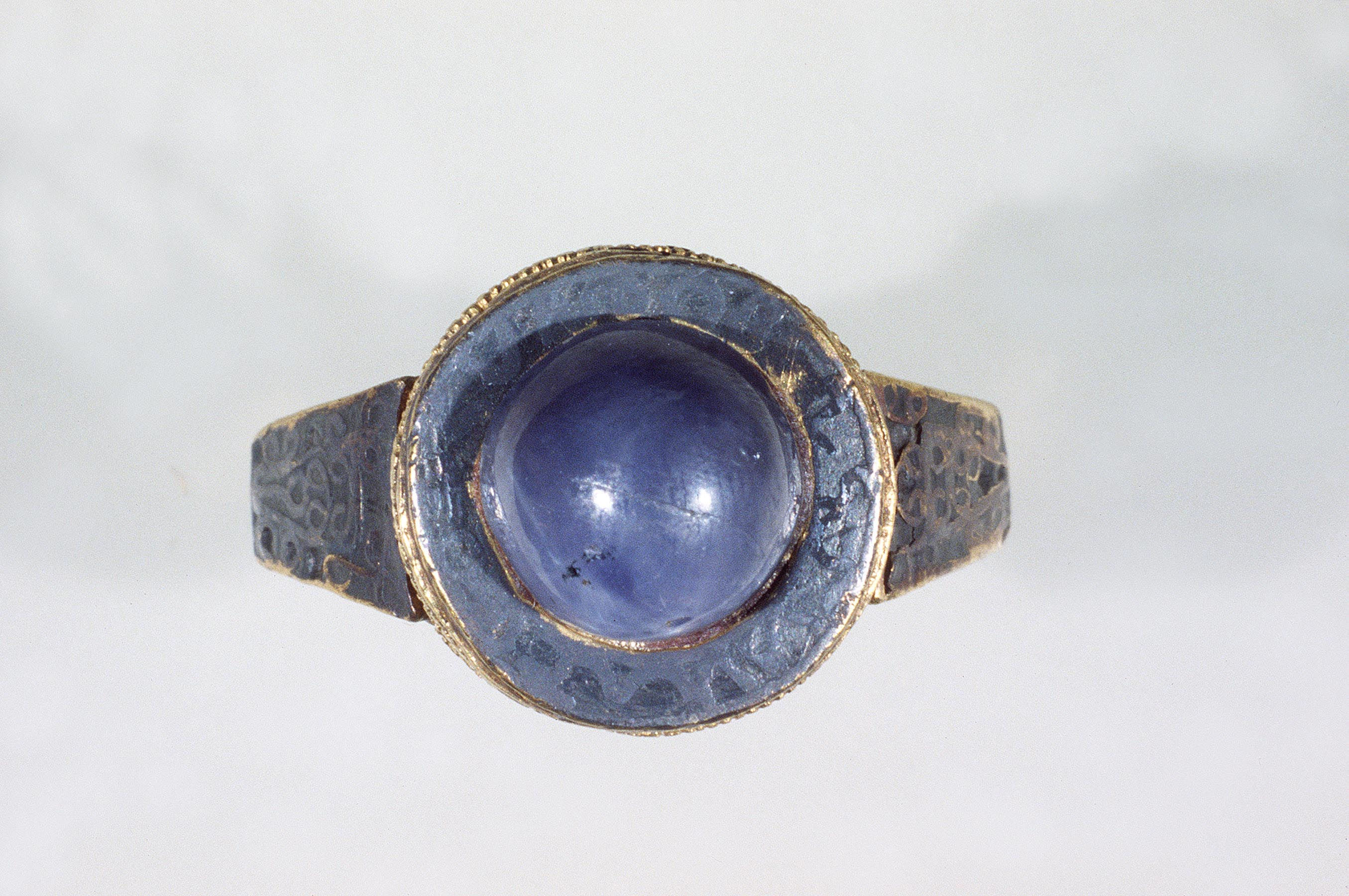 BZ.1937.28, Ring of Queen Gundoberga
