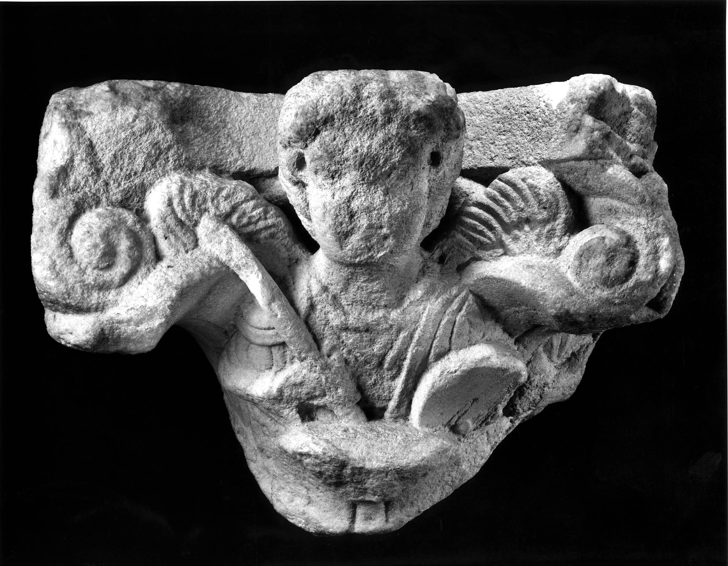 BZ.1950.24, Capital with Archangels