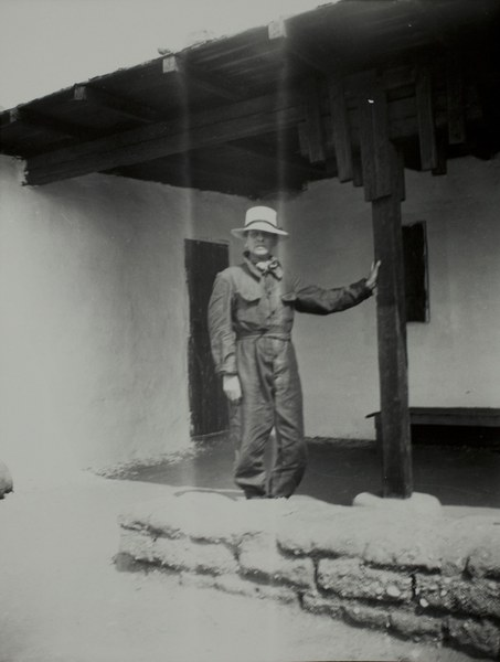 Thomas Whittemore at southern expedition house