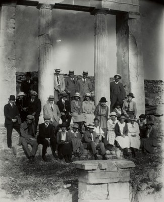 Group associated with the American School of Classical Studies at Athens, including Thomas Whittemore leaning against the left column