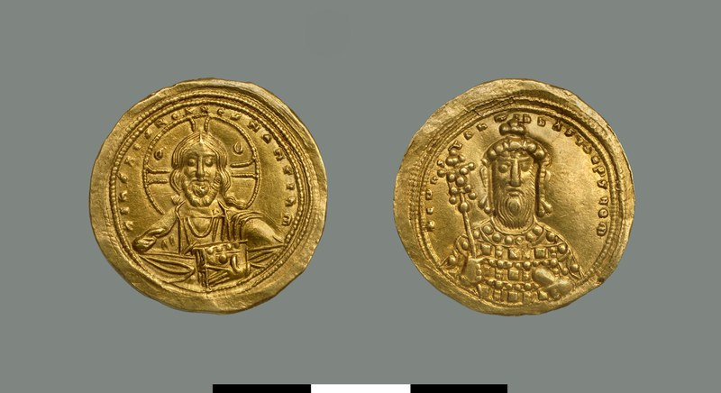 Nomisma histamenon of Constantine VIII (1025-1028)