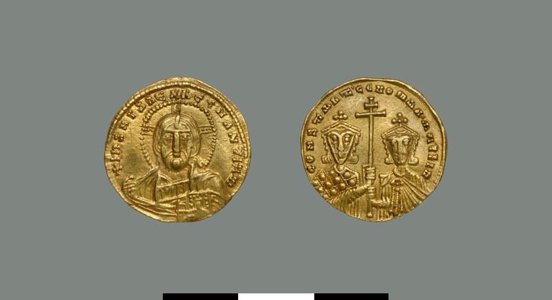 Solidus of Constantine VII Porphyrogennetos (and Romanos II) (913-959)