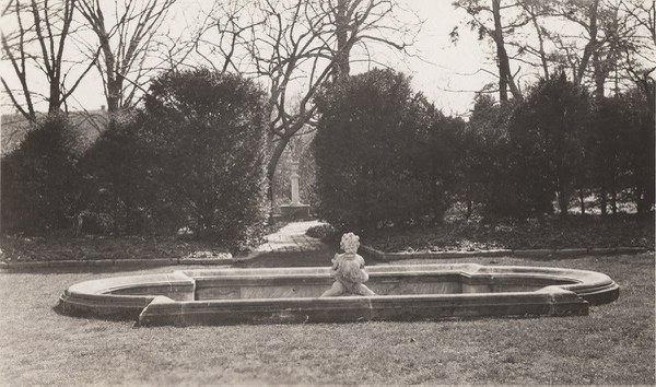 Fountain terrace view looking south of fountain to Terrior Column, 1932