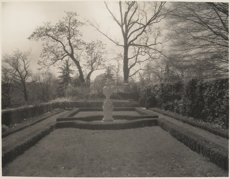 Urn Terrace, looking South, 1931