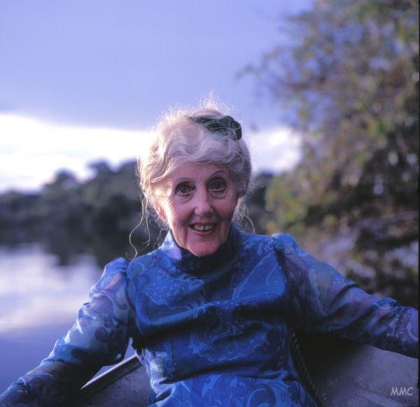 Mee's Final Journey, 1988: Riverside Celebration