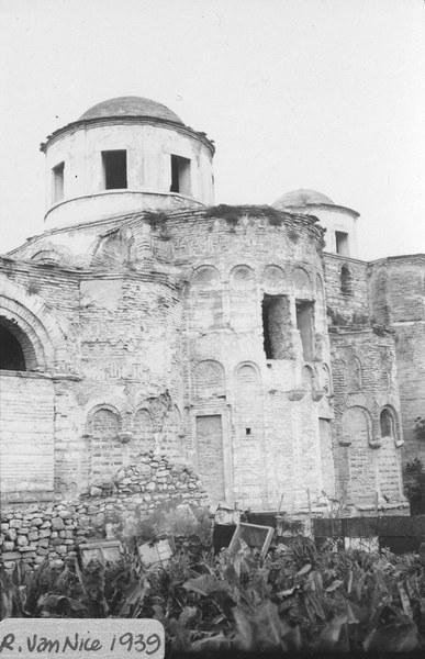 Market Garden Bordering the Eastern Wall of Fenari İsa Mosque