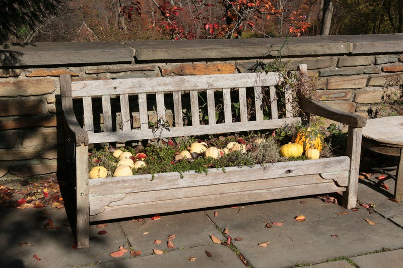 Arbor Terrace, Planter Bench
